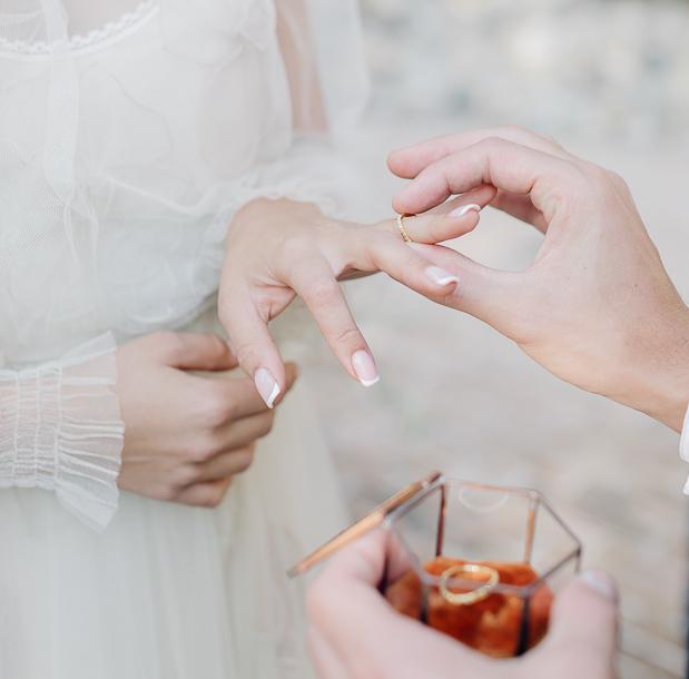 wedding ring box, elegant rust and white wedding, portafedi matrimonio, matrimonio in romagna