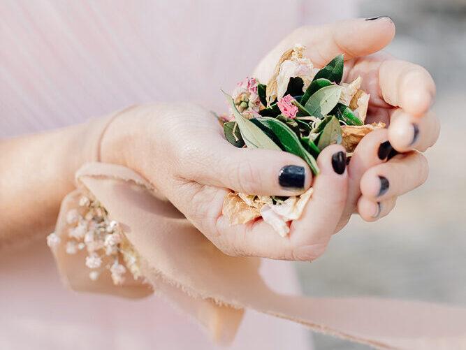 bride's groom, olive wedding style , italian wedding style, matrimonio elegante, matrimonio toni di rosa, matrimonio tema ulivo