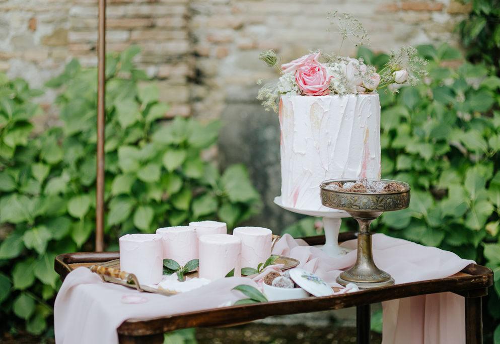 wedding sweet table, vintage sweet table, vintage wedding, matrimonio vintage, matrimonio in emilia romagna