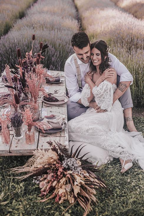 lavender field wedding shoot, wedding lavender, matrimonio lavanda, matrimonio all'aperto, matrimonio country, matrimonio campo di lavanda, matrimonio in emilia romagna